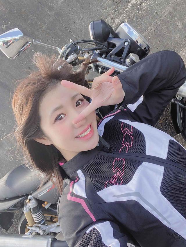 画像1: バイク専用駐車場が見当たらず困ったけど……そんなときに出会いもありました。(梅本まどか)【梅日和 第25回】