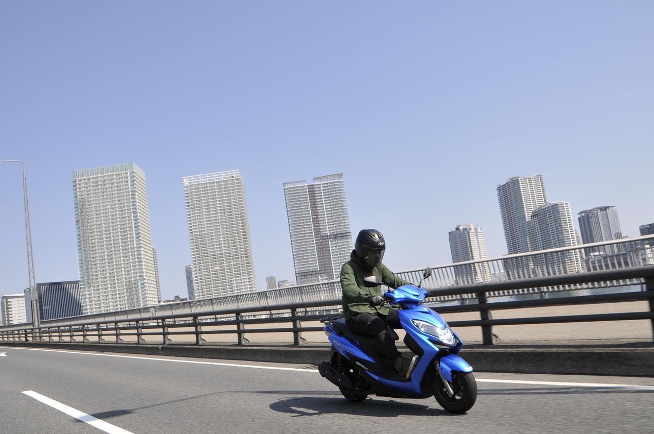 画像1: 「ファミリーバイク特約」と「バイク保険」どっちがお得? 賢い使い分け方は?