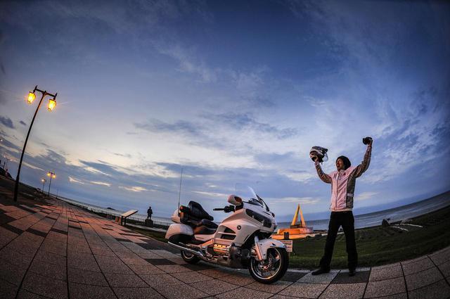 画像2: 24時間で東京から宗谷岬まで行けるのか?〈北海道を縦走編〉【カメラマン柴田直行/俺の写真で振り返る平成の名車】第30回 ホンダ「ゴールドウイング GL1800」(撮影2012年)