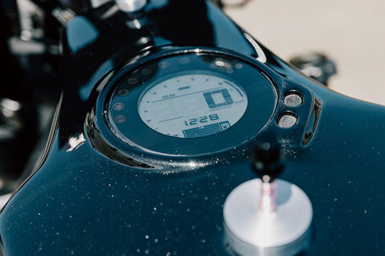画像4: 極限までエンジンとフレームに特化したネイキッド