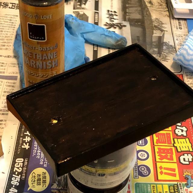 画像: 同じ寸法で型枠作ってひたすら塗り重ね。たまにやすりかけてまた塗り重ね