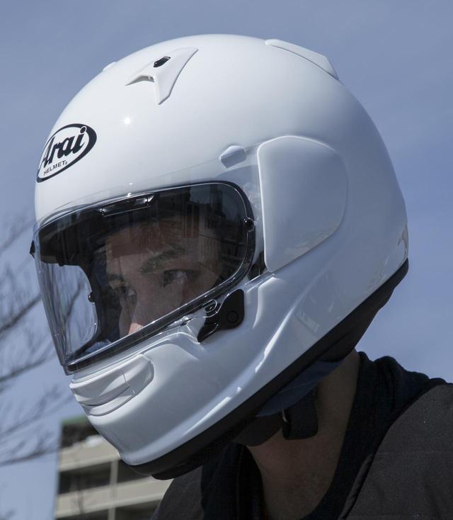 画像: アライヘルメット「アストロ GX」情報 - webオートバイ