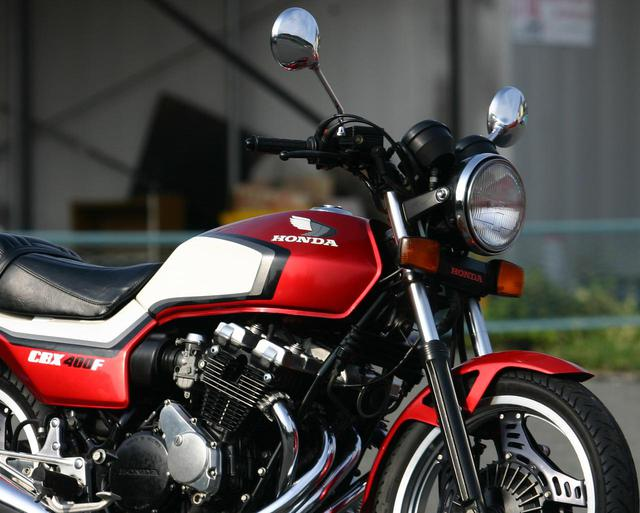 画像1: ホンダ「CBX400F」は、なぜ人気であり続けるのか? 名車が生まれた時代背景と革新の装備を徹底解説〈走行動画あり〉 - webオートバイ