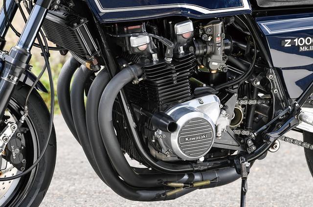 画像: エンジンは純正0.5mmオーバーサイズのφ70.5mmピストンによる1030cc(ストローク66mm)。カムシャフトも純正品のままでクランクシャフトは芯出しされる。いわゆるライフパッケージ(寿命も重視し、かつ元気良さも損なわない)的な仕様で作り込まれている。