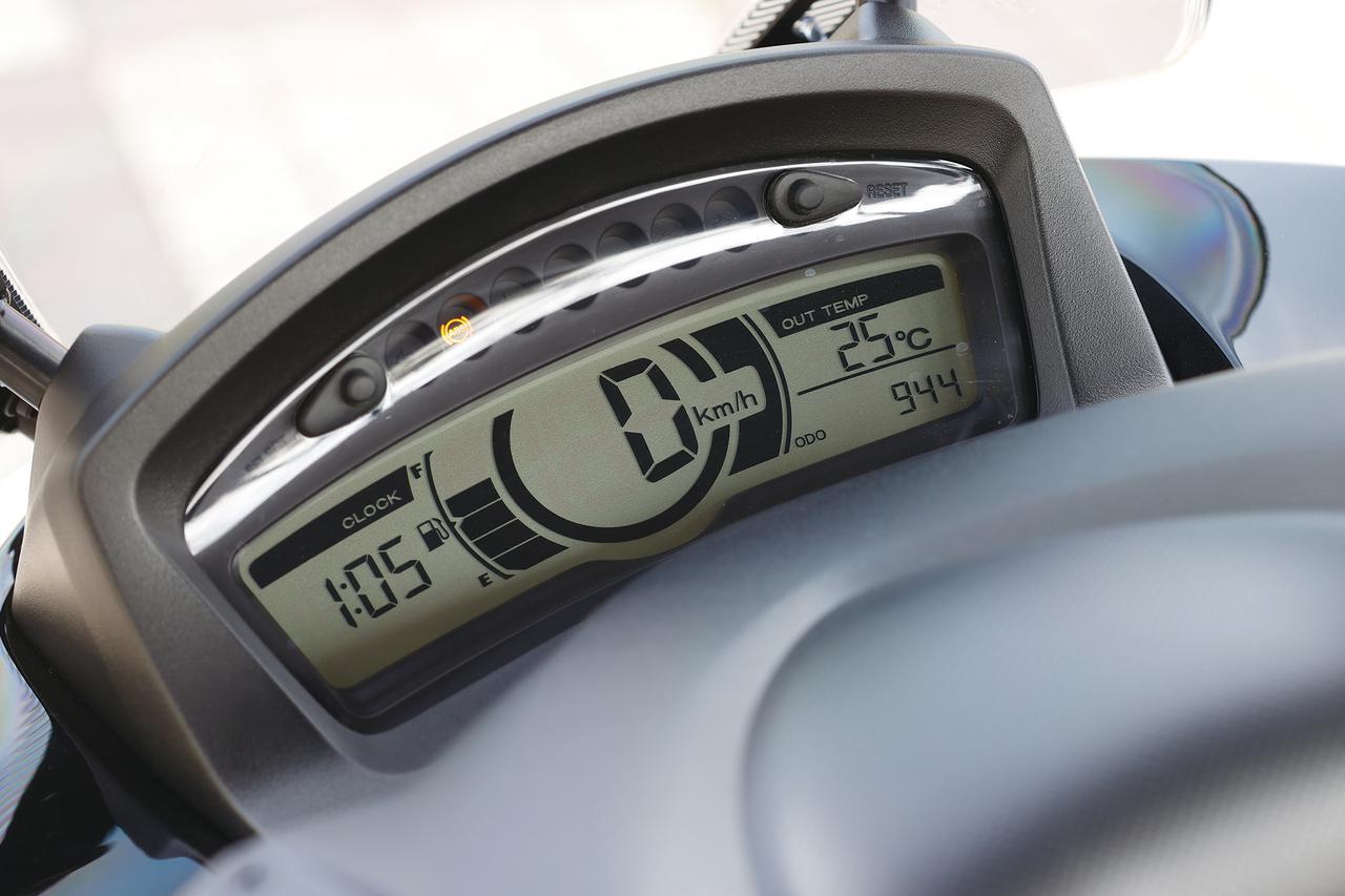 画像: スピードメーターの数字のデザインがものすごく好きです。ドアスコープを覗いた時みたいなフォントの感じがかなり好き。思わず見ちゃう。