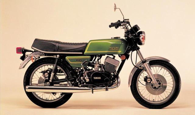 画像: YAMAHA RD400(1976年4月発売)