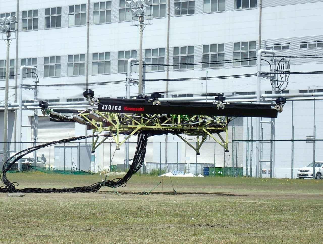 画像: 動力源のエンジンには、カワサキ「ニンジャZX-10R」のものを3台使用!