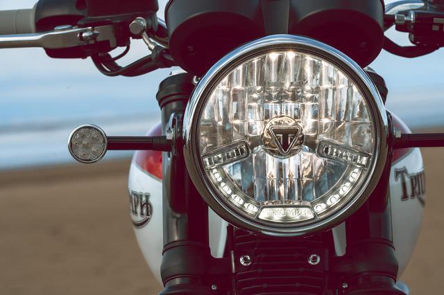 画像: 【トライアンフ】ボンネビルT100・T120〈バド・イーキンス スペシャルエディション〉が3月7日に発売開始! - webオートバイ