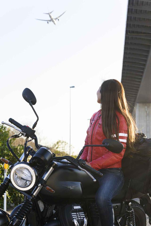画像3: Ruriko × モト・グッツィ「V7 III ストーン ナイトパック」足つき性もチェック!【オートバイ女子部のフォトアルバム】