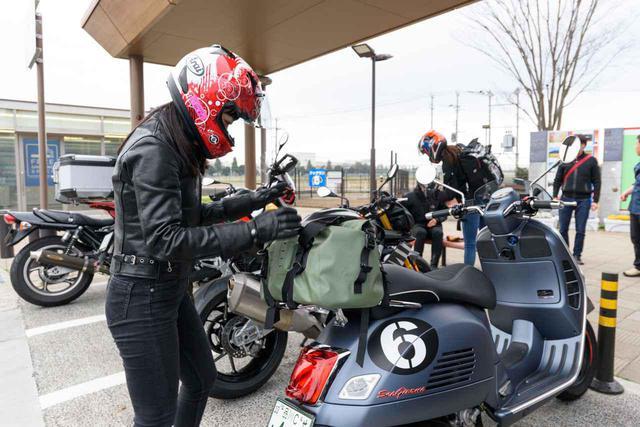 画像: 【女子部キャンツー 4/6】vespa「Sei Giorni II」× 国友愛佳 編 - webオートバイ