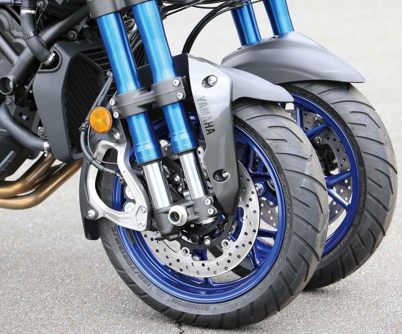 Images : 2番目の画像 - 「バイクの新機構「パラレログラムリンク」とは? トリシティやナイケンなどヤマハの前2輪モデルに採用される革新装備【現代バイク用語の基礎知識2020】」のアルバム - webオートバイ
