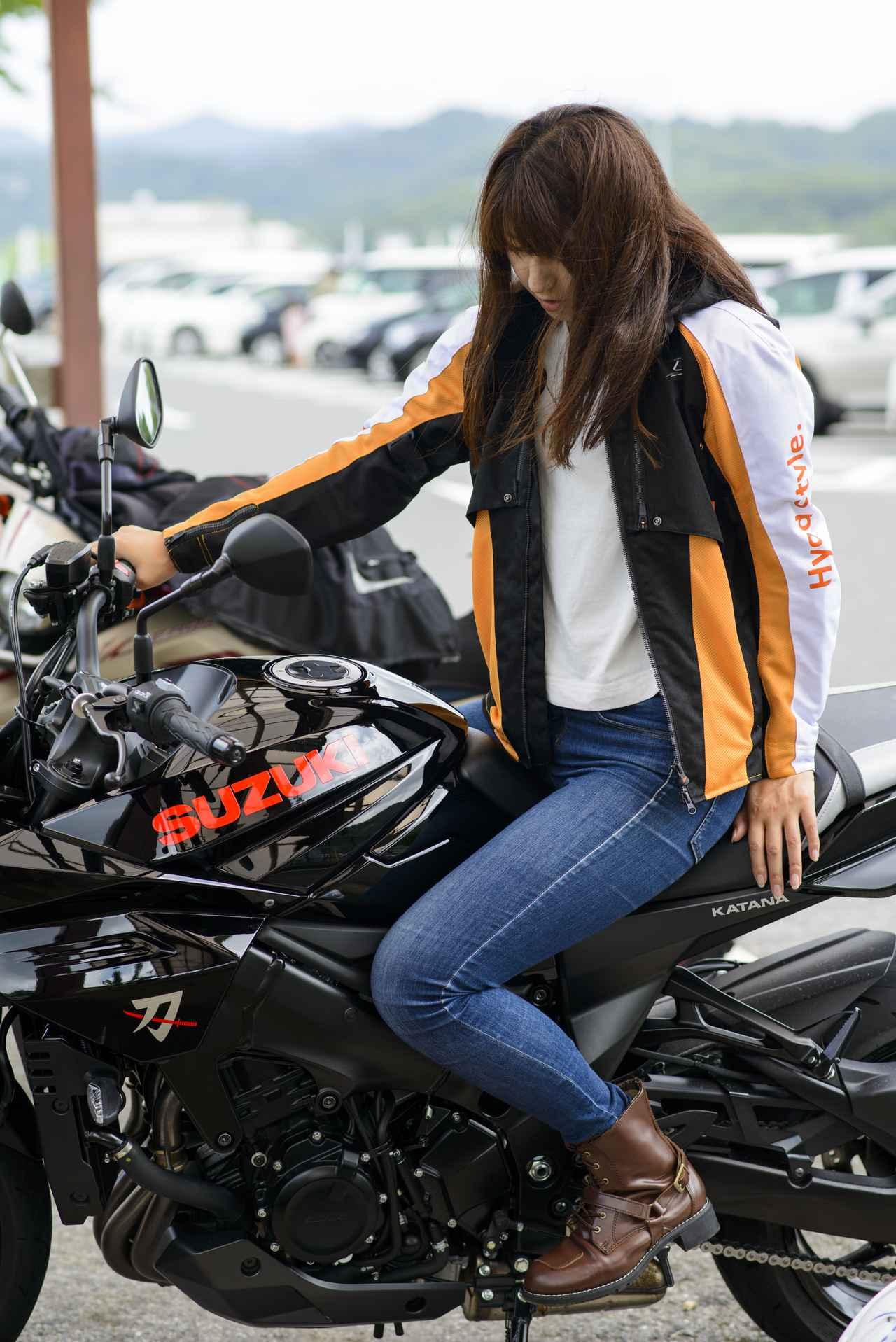 Images : 12番目の画像 - 大関さおり × スズキ「KATANA」 - webオートバイ