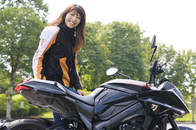画像7: 大関さおり × スズキ「KATANA」【オートバイ女子部のフォトアルバム】