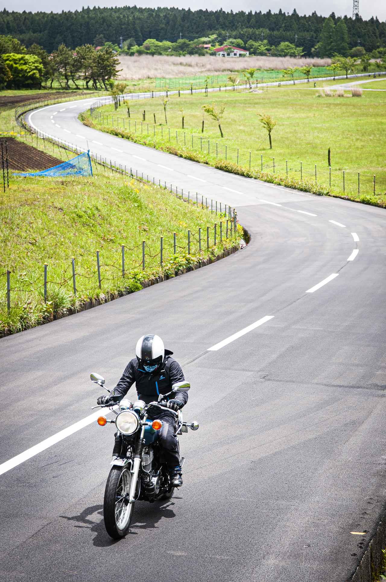画像: 《前編》ヤマハ『SR400』だけは無条件に愛していい。しかも400ccで〇〇万円って、実は250ccバイクよりもお買い得?【YAMAHA SR400】