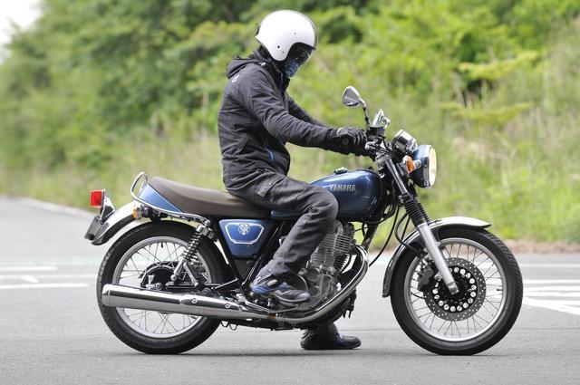 画像: 【SR400まとめ】足つき性や燃費は? ヤマハ『SR400』を解説します! - webオートバイ