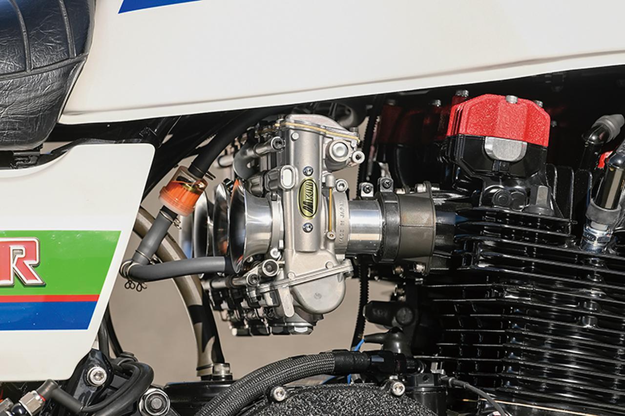 画像: フレームやエンジンといった中核部の仕様は現在のGT-Mの標準と言えるもの。まずねエンジンはZ1000Jを元にピスタルレーシング製φ76mmピストンで998→1197cc化しツインプラグヘッド等を組み合わせる。この上も選べるが少しずつリスキーな部分も出てくるともいい、1200ccの排気量は現状で十分普通に使える状態にまで昇華されている。キャブレターは適正口径のTMRφ36mmをチョイス。