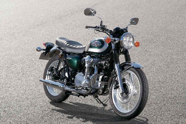 画像: カワサキ W800 www.autoby.jp