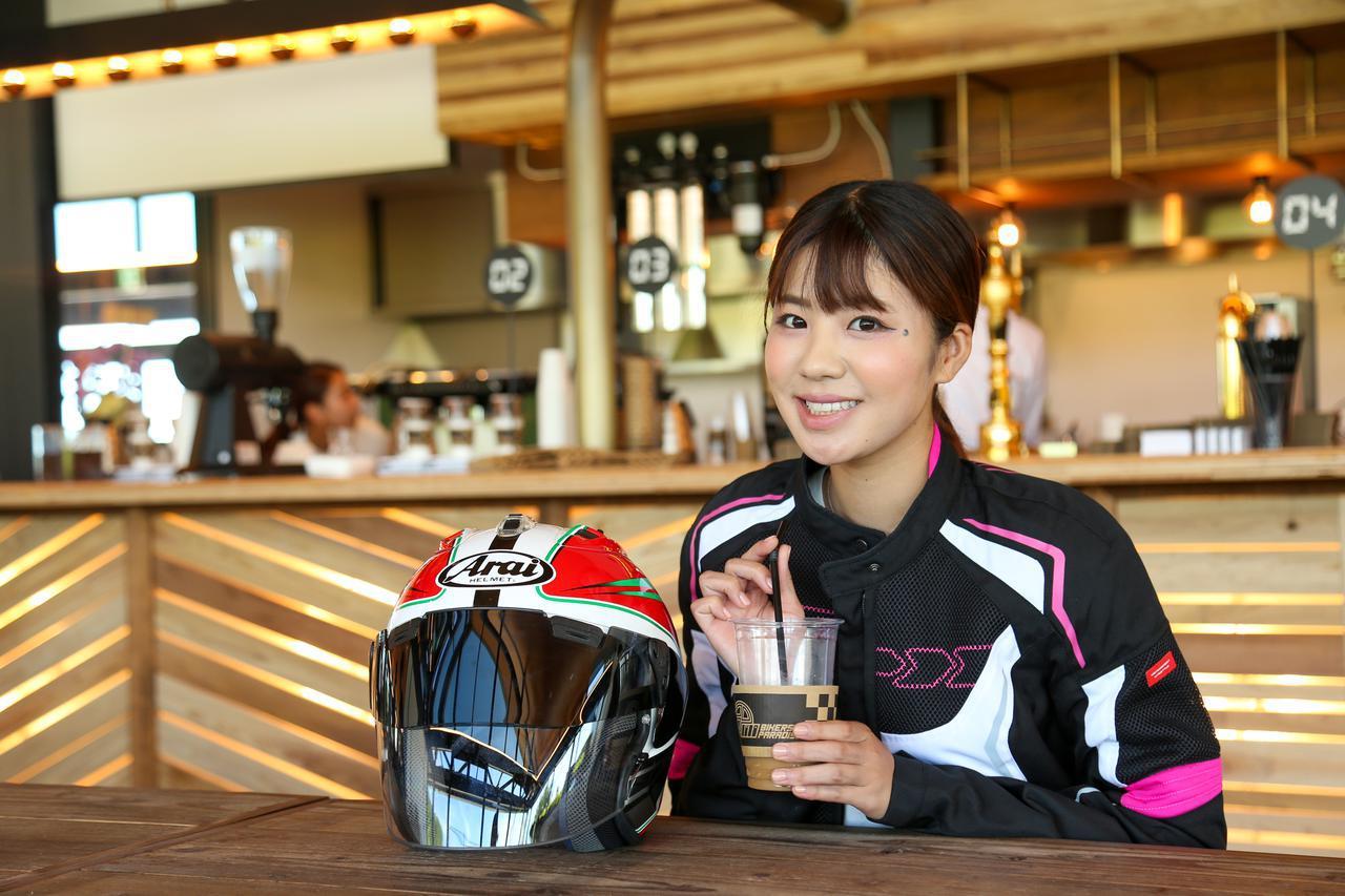画像4: 梅本まどか × スズキ「KATANA」 足つき性もチェック!【オートバイ女子部のフォトアルバム】