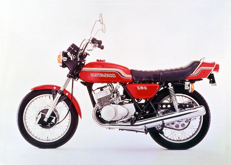 画像: 青春の2Q(2ストローク・Quarter)カタログ その6 カワサキ空冷編-2   WEB Mr.Bike
