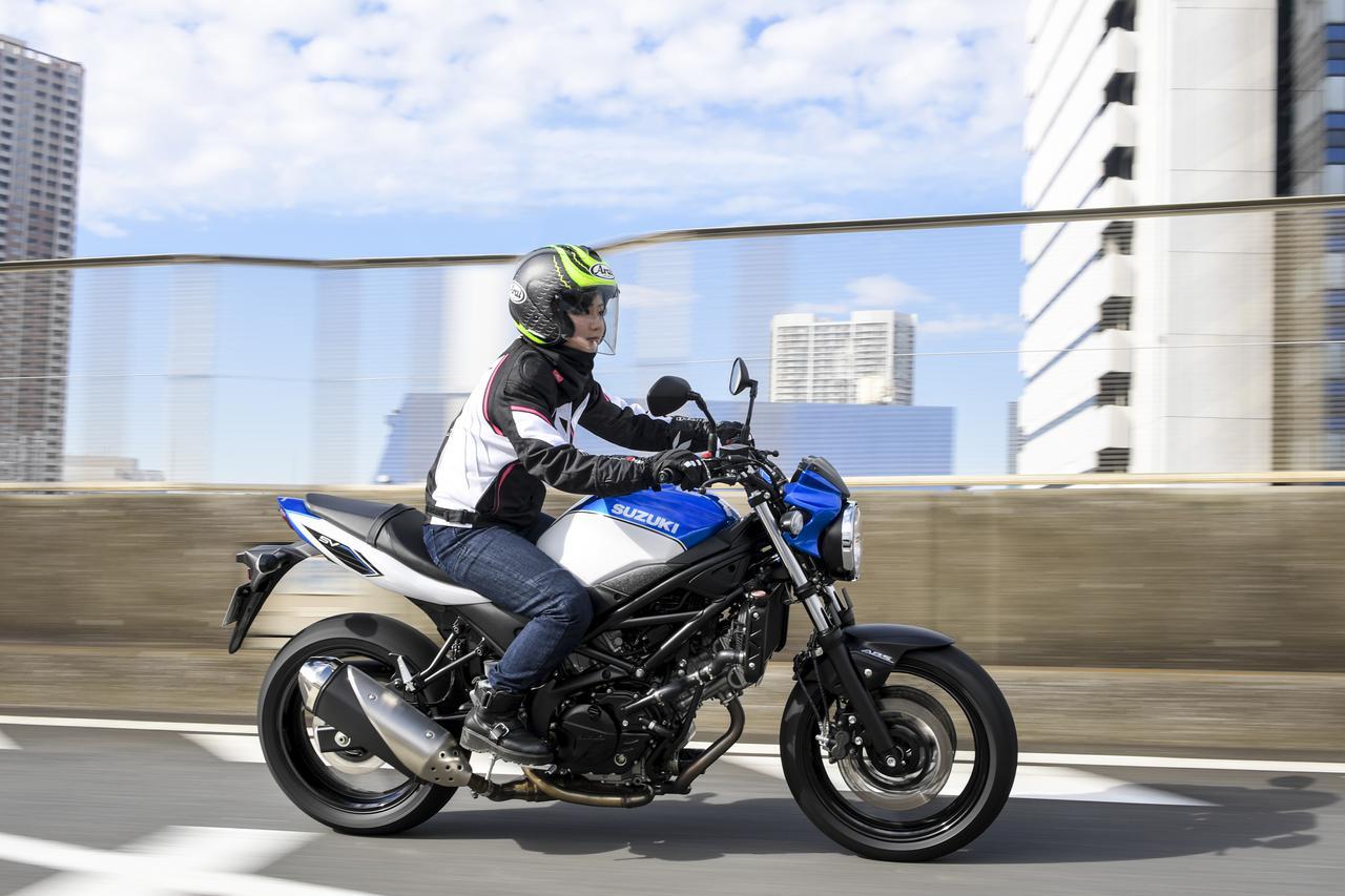 Images : 1番目の画像 - 平嶋夏海 × スズキSV650 ABS・SV650X ABS 写真をもっと見る! - webオートバイ