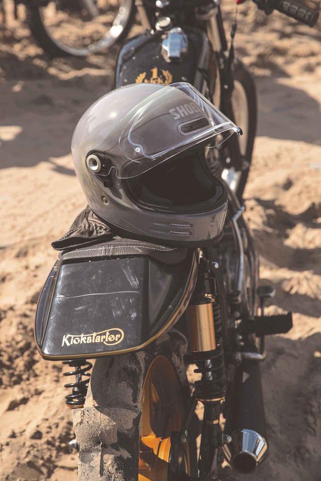 画像1: SHOEIが新型フルフェイスヘルメット「グラムスター」の価格・発売時期・仕様を発表!