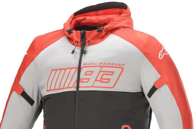 画像: 着やすいパーカータイプ! MotoGP王者マルク・マルケス選手との新作コラボジャケットがアルパインスターズから発売中 - webオートバイ