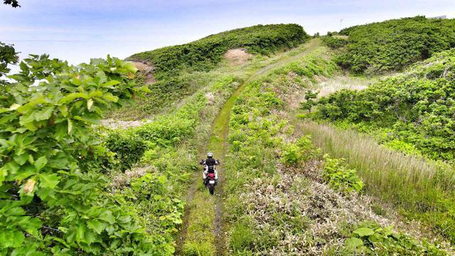 画像1: アドベンチャーバイクの天国をまずは満喫!