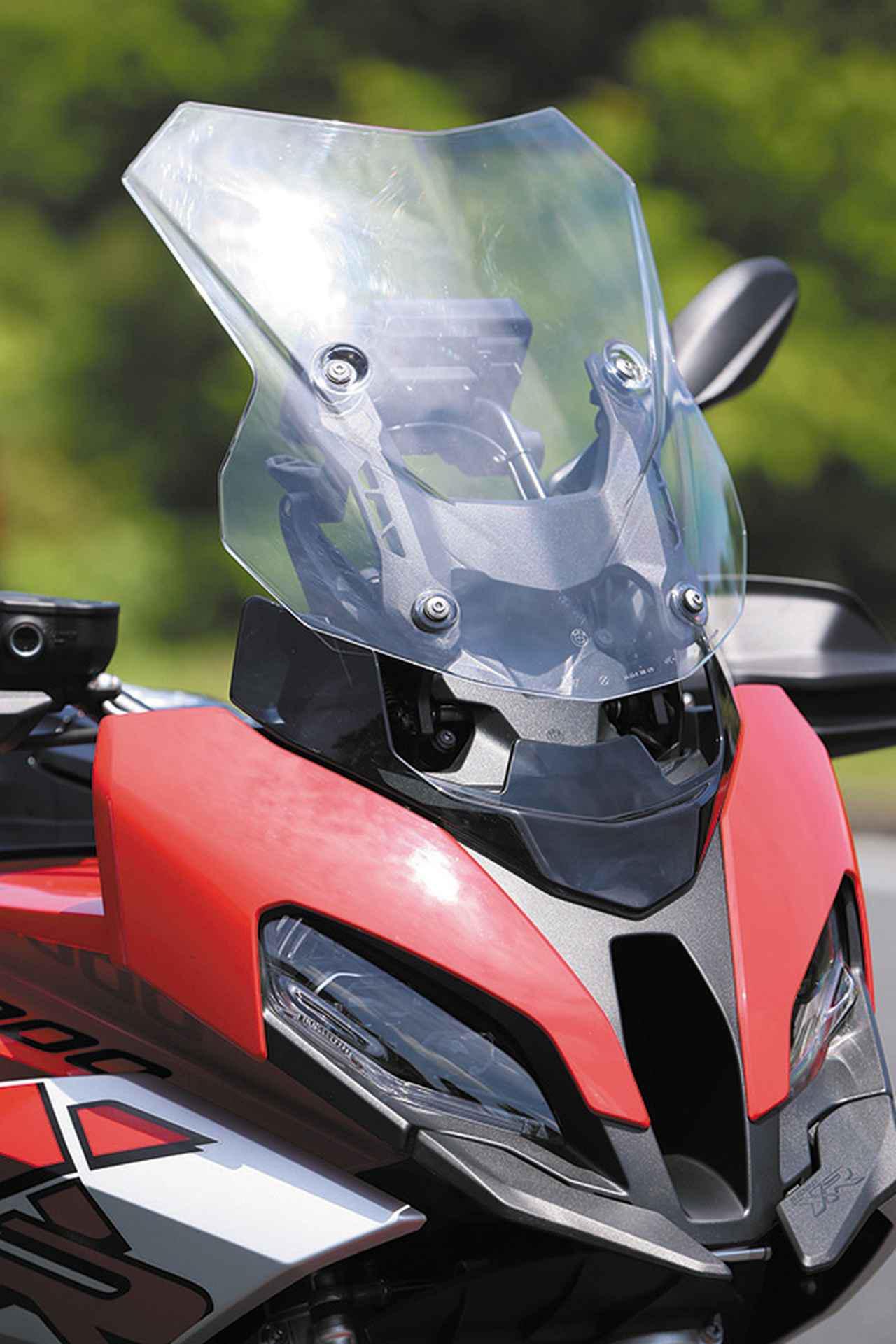 画像2: BMW「S 1000 XR」これぞスーパースポーツ・アドベンチャー! S1000RR直系のエンジンを持つ魅惑のマシン【試乗インプレ・車両解説】(2020年)