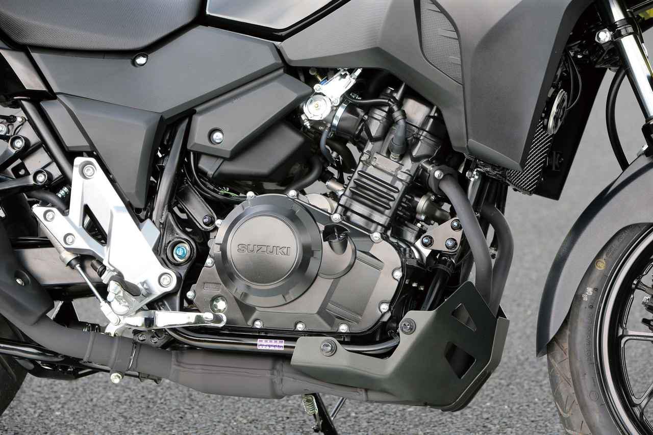 画像: 熟成を重ね信頼性の高い248㏄水冷並列ツインエンジン。発進から90㎞/hの常用領域で力強くフレキシブルな上に、燃費面でも優れている。