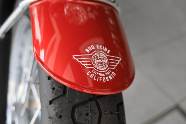 画像: バド・イーキンスのスペシャルエディションである印。限定車として、真正品証明書も付属します。