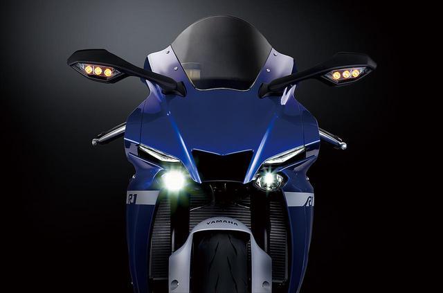 画像: 【新車】新型エンジンとエアロダイナミクスボディ!ヤマハ「YZF-R1M」「YZF-R1」待望の日本仕様ついに登場! - webオートバイ
