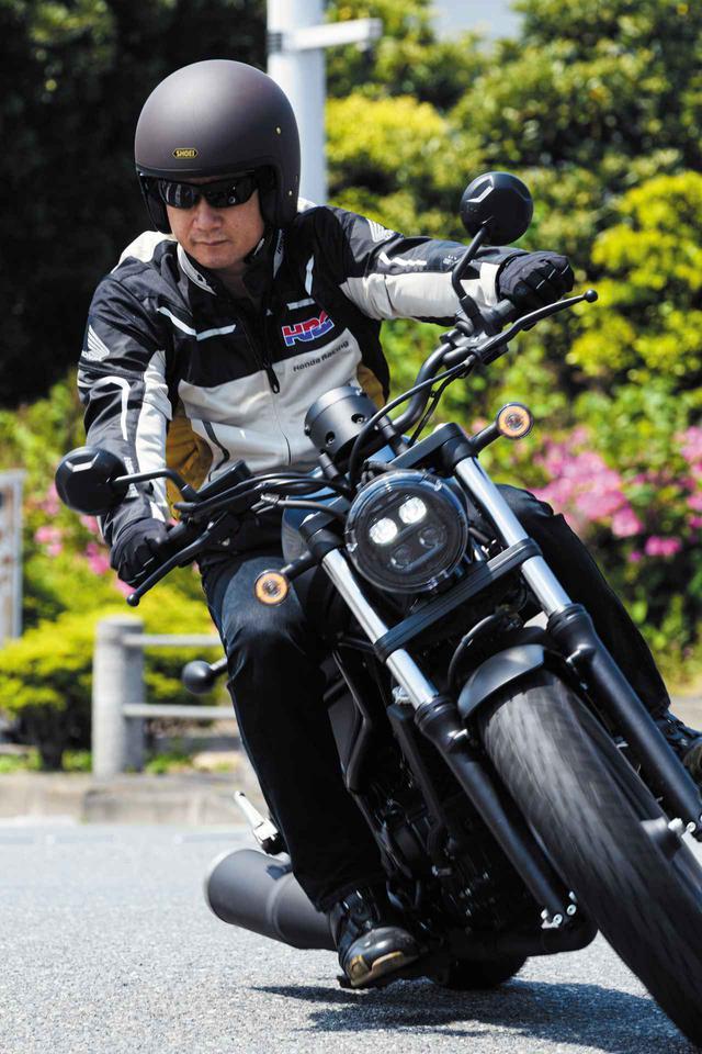 画像: 【後編】ホンダ新型「レブル250」に伊藤真一さんが初試乗! 街中、高速道路、峠での乗り味をインプレ【ロングラン研究所】