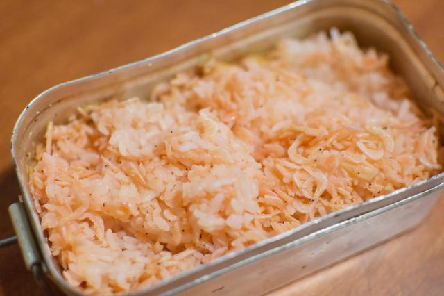 画像: 我が家でキャンプ飯! メスティン自動炊飯は超便利。〈若林浩志のスーパー・カブカブ・ダイアリーズ Vol.19〉 - webオートバイ