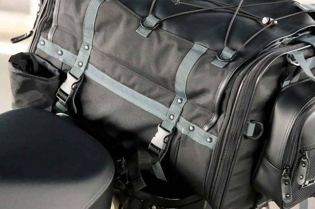 画像9: キャンプライダーを支え続ける伝統の「キャンピングシートバッグ2」