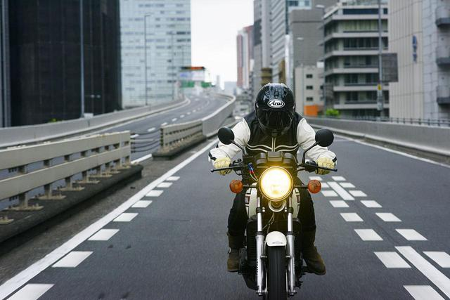 画像4: YAMAHA「RZ250」楽しい世界へと、私たちを導く。