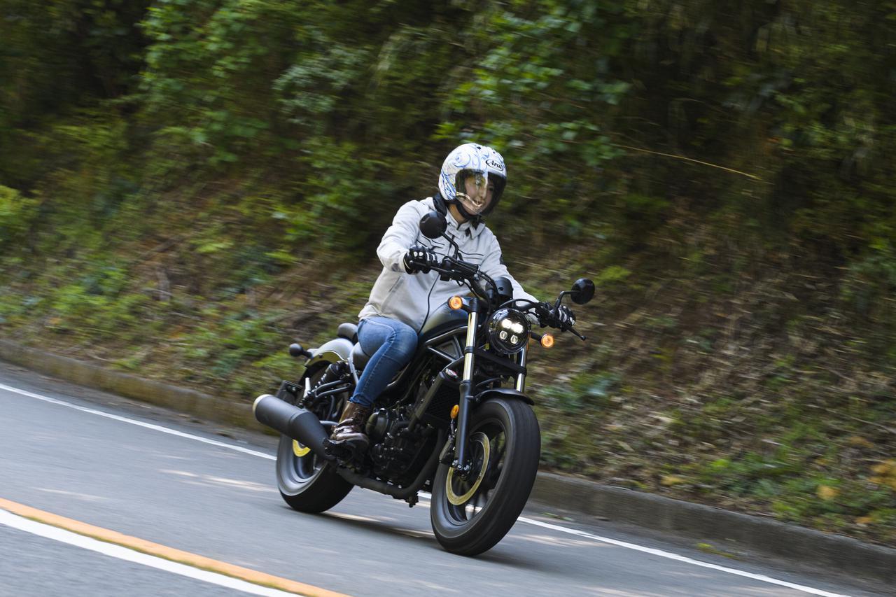 Images : 1番目の画像 - 「誰も聞いてくれないから! 自問自答で「Honda レブル」の魅力を語る(大関さおり)」のアルバム - webオートバイ