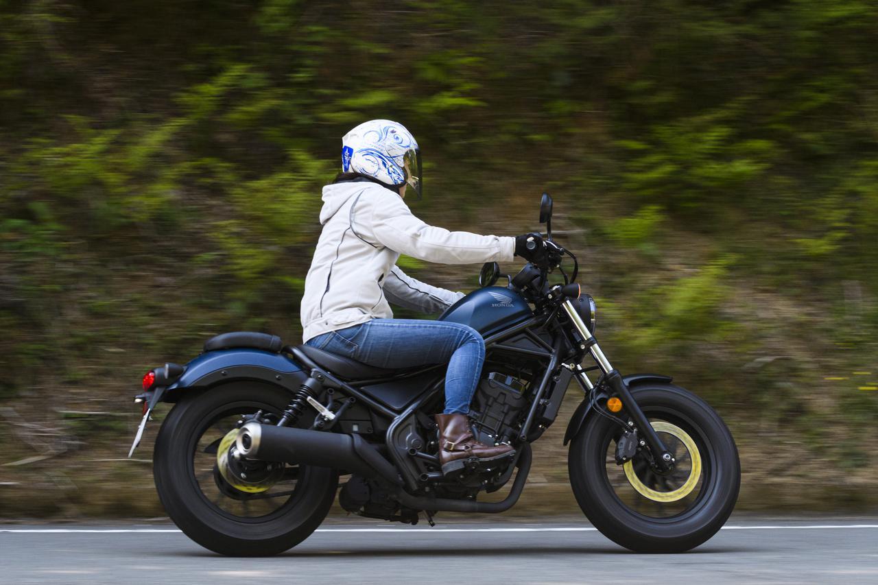 Images : 9番目の画像 - 「誰も聞いてくれないから! 自問自答で「Honda レブル」の魅力を語る(大関さおり)」のアルバム - webオートバイ