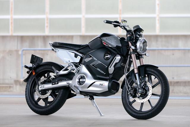 画像: SUPER SOCO TC Max クラス:軽二輪(AT普通二輪免許で運転可能) メーカー希望小売価格:税込49万2800円