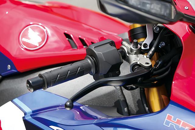 画像: リニアな出力特性のスロットル・バイ・ワイヤを採用。微小開度でのレスポンスを向上させ、コーナー立ち上がりに威力を発揮する。