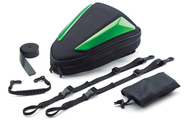 画像: スマートバッグ リアシートに装着できるバッグ。リア周りのスタイリッシュな形状にぴったりと合うデザインとなっている。