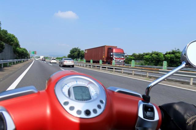 画像1: 気になる高速道路の巡航性能は?