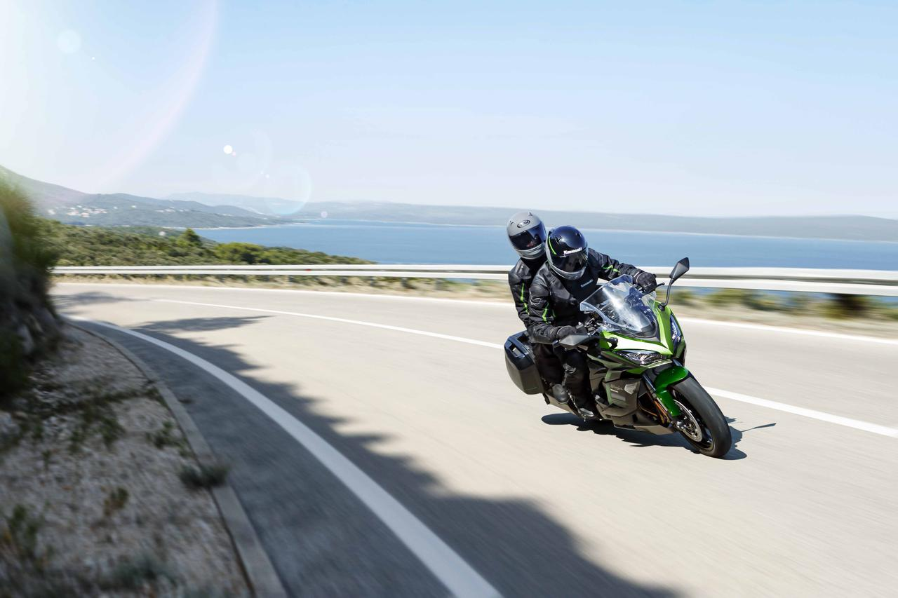 Images : 18番目の画像 - カワサキ「Ninja 1000SX」(2021年モデル) - webオートバイ