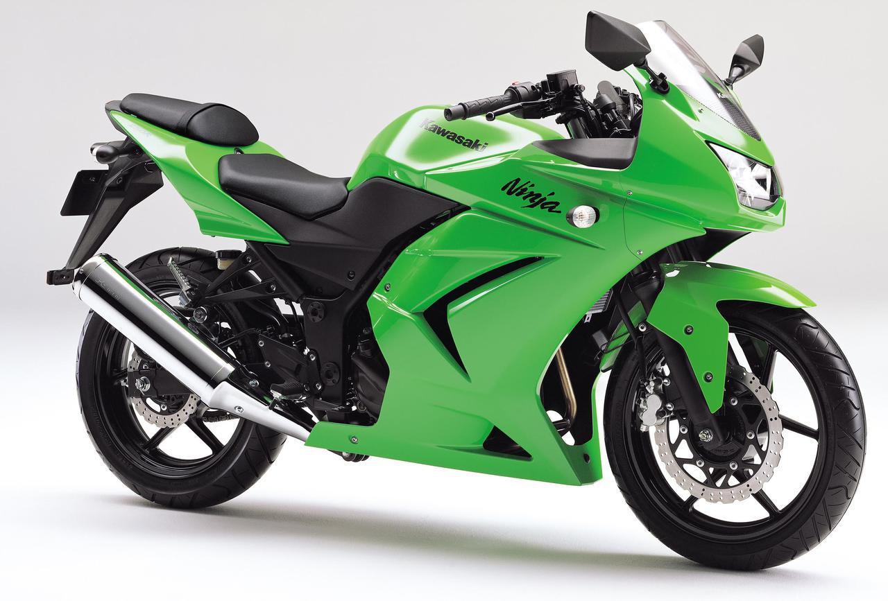 画像: 2008年4月に新発売された、カワサキ「Ninja 250R」