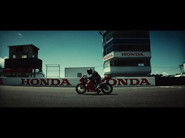 "画像: Honda: CBR600RR ""Awaken the Race"" www.youtube.com"