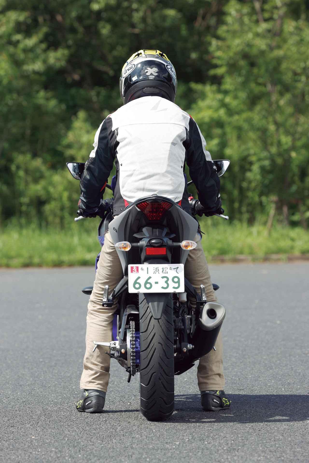 画像6: 【投票してね】4台の足つき性とライポジを比較! あなたが好きな250ccスポーツバイクはどれ? カワサキNinja250・ヤマハYZF-R25・スズキGSX250R・ホンダCBR250RR