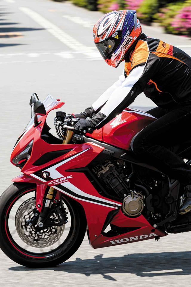 画像: ホンダ「CBR650R」は四輪車に例えると〇〇〇のような乗り味! 伊藤真一さんが試乗インプレ〈後編〉【ロングラン研究所】