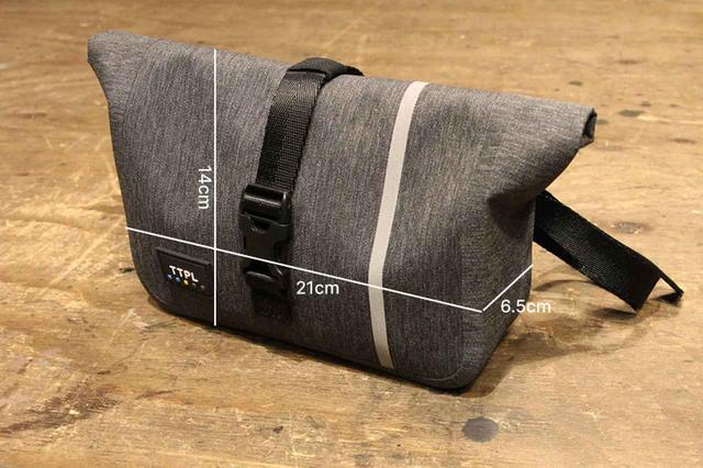 画像2: ハンドルに固定できる便利な防水バッグがTTPLから新登場! ハンターカブにもジャストフィット!