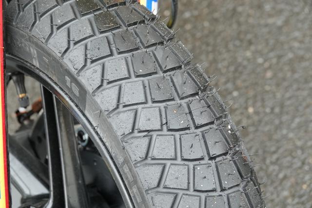 画像: このタイヤはあまりいなかったですが、形状がだいぶ変わります。