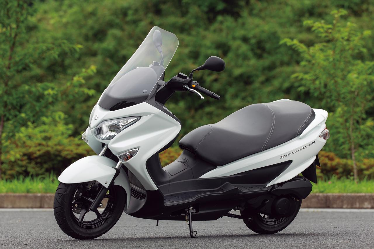 画像: SUZUKI BURGMAN200 総排気量: エンジン形式:水冷4ストSOHC4バルブ単気筒 メーカー希望小売価格:税込53万3500円 2020年モデルの発売日:2020年3月26日