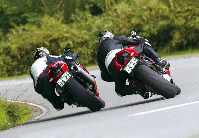 画像2: (左)Honda CBR1000RR-R FIREBLADE SP (右)DUCATI PANIGALE V4S